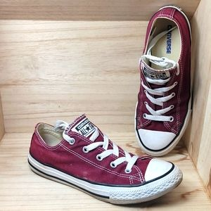 Converse Unisex Burgundy Classic Sneakers